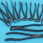 Набір щипців хірургічних для видалення зубів (чорне покриття)
